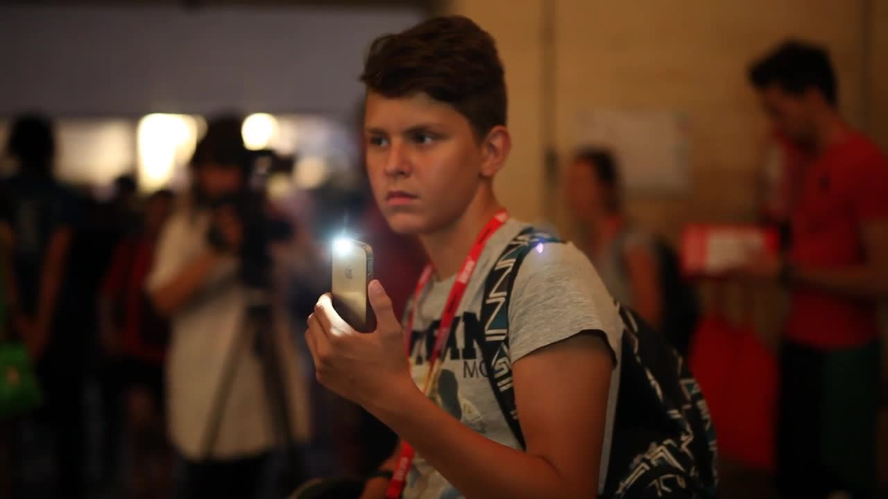Vidéo jeunes reporters culture - Le livre de la girafe