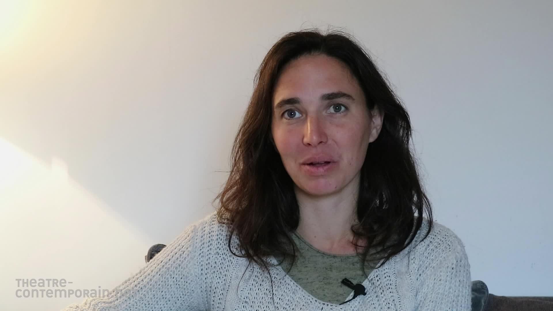 """Douna Loup,  """"La découverte du théâtre"""""""