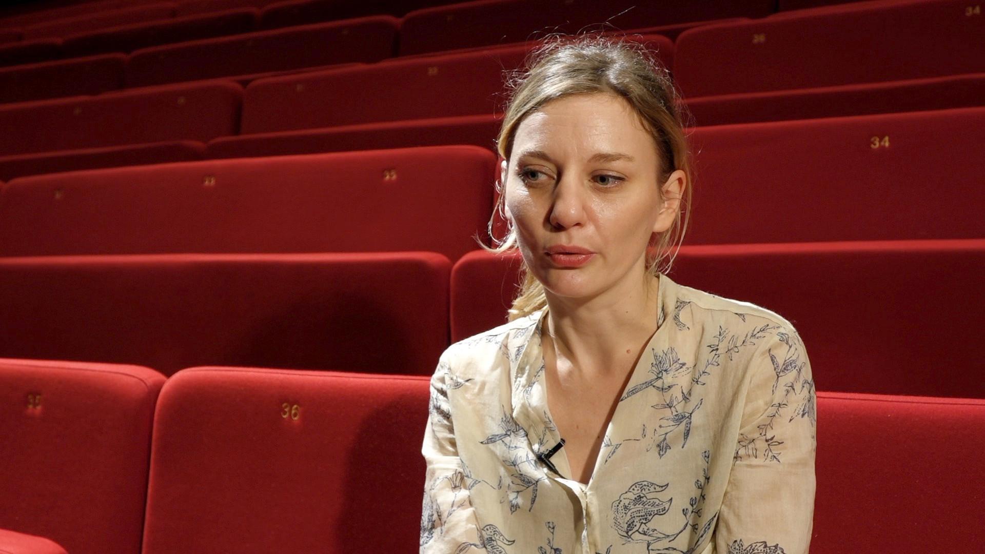"""Vidéo Entretien avec Julie Duclos pour """"Pelléas et Mélisande"""""""