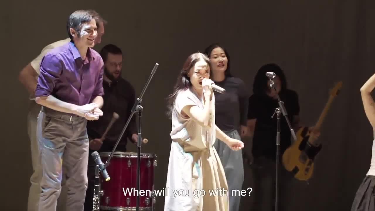 """Vidéo """"Ordinary People"""" de Wen Hui et Jana Svobodová - Extrait"""