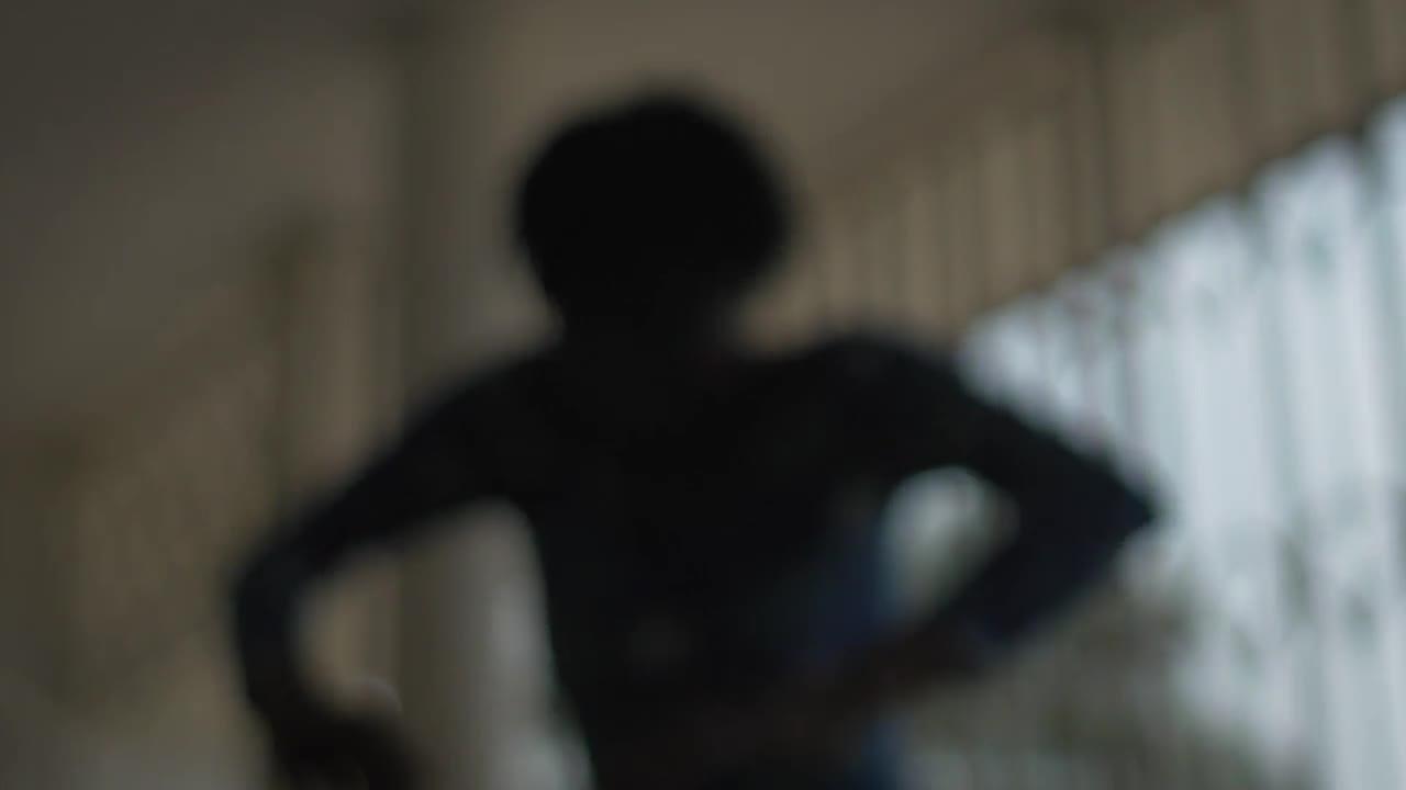"""Vidéo """"Histoire(s) du théâtre II"""" de Faustin Linyekula - Présentation"""