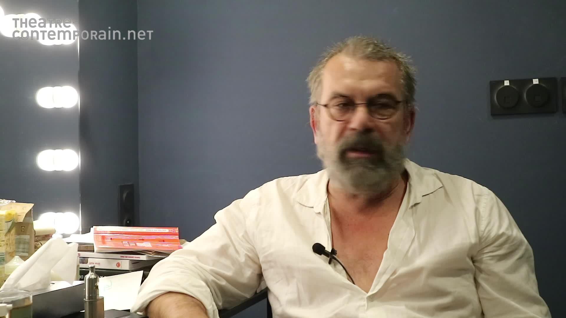 """Vidéo La necessité de jouer """"Galilée"""" par Phlippe Torreton"""