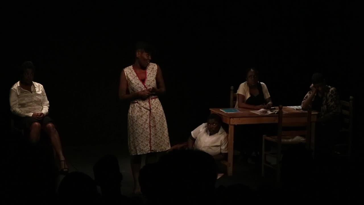 """Vidéo (2/5) """"J'étais dans ma maison..."""" la robe rouge, extraits, N. Périclès, F. Berreur"""