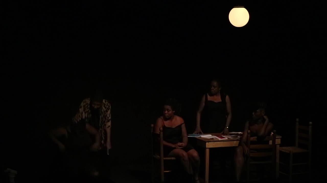 """Vidéo (4/5) """"J'étais dans ma maison..."""" la colère de """"La Plus Jeune"""", extraits, N. Périclès, F. Berreur"""