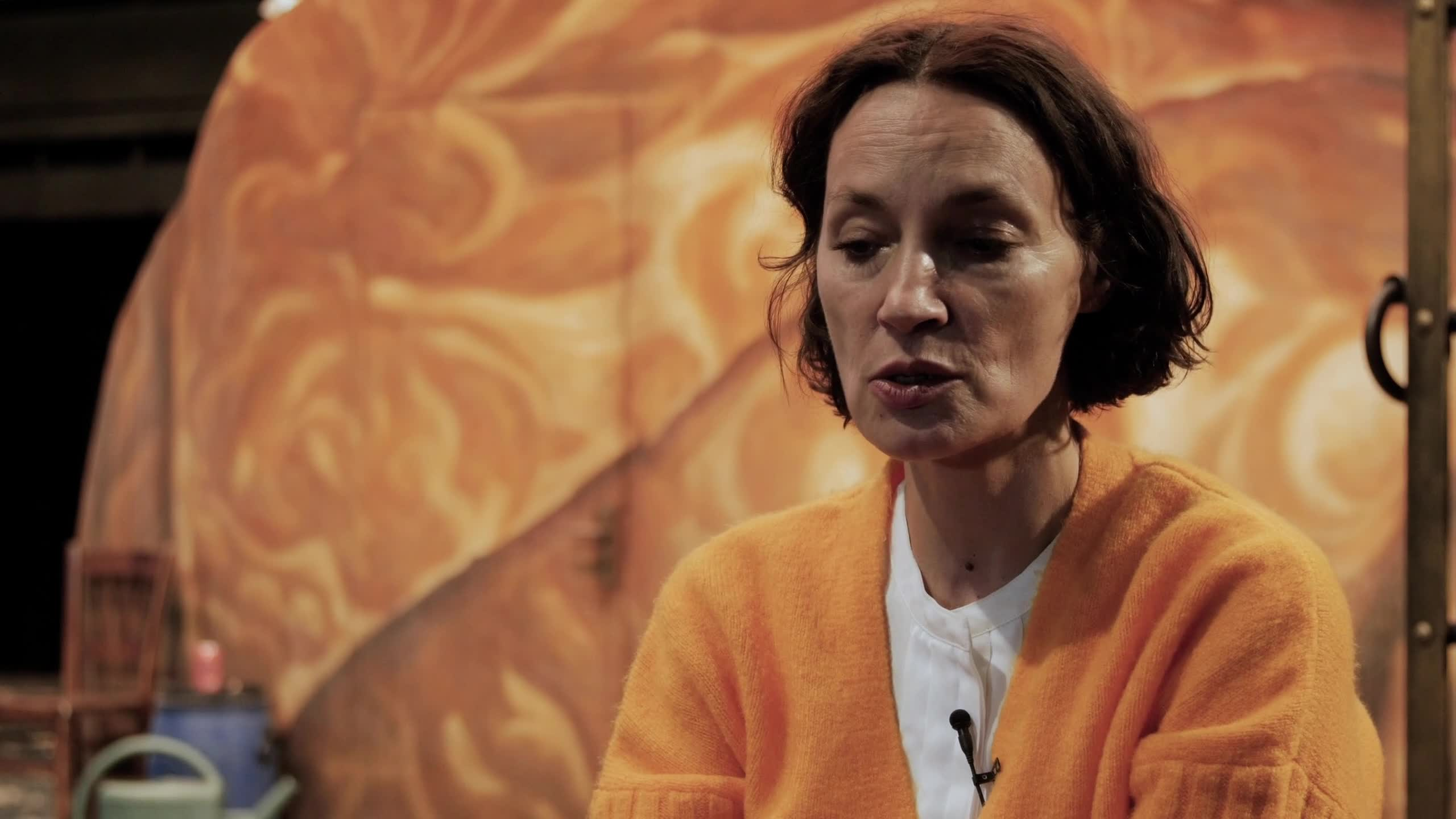 """Vidéo """"Bajazet"""" de Frank Castorf par Claire Sermonne et Jeanne Balibar #1"""