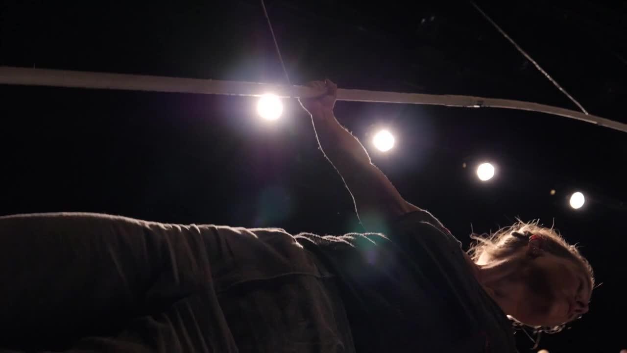 """Vidéo """"L'Oiseau-Lignes"""",  Chloé Moglia, Marielle Chatain, extraits"""