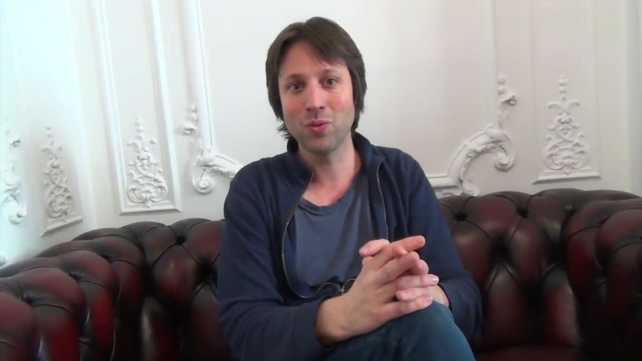 Image de la vidéo pour 'Dans les murs'