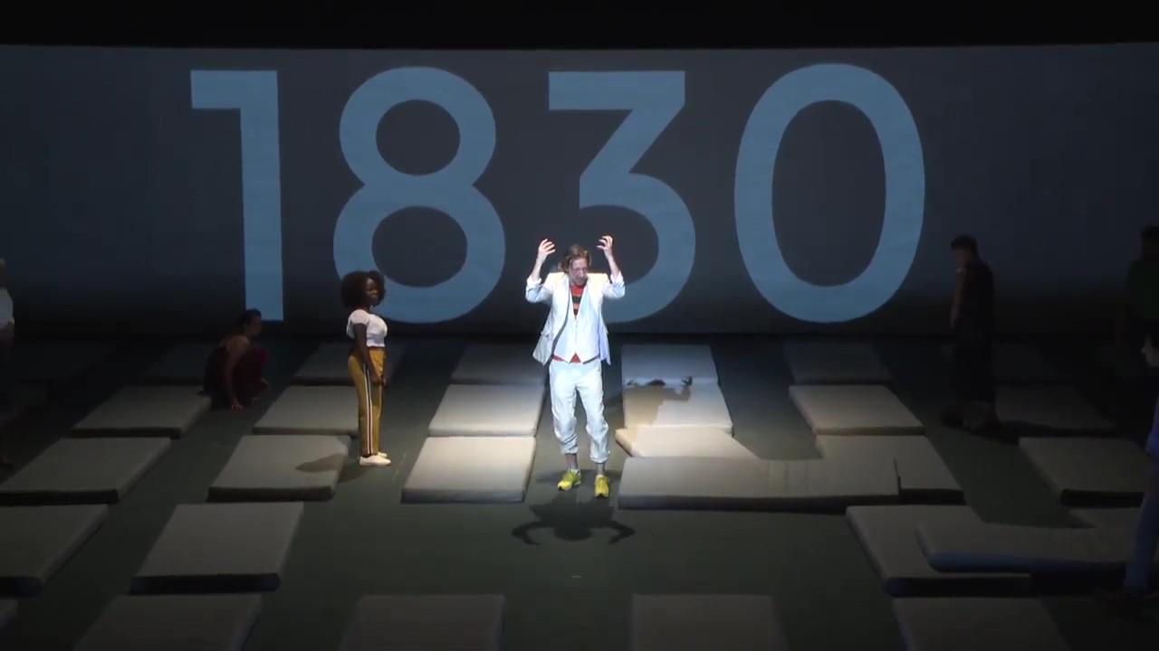 """Vidéo """"Nous l'Europe ou le banquet des peuples"""" Laurent Gaudé, Roland Auzet (captation intégrale)"""