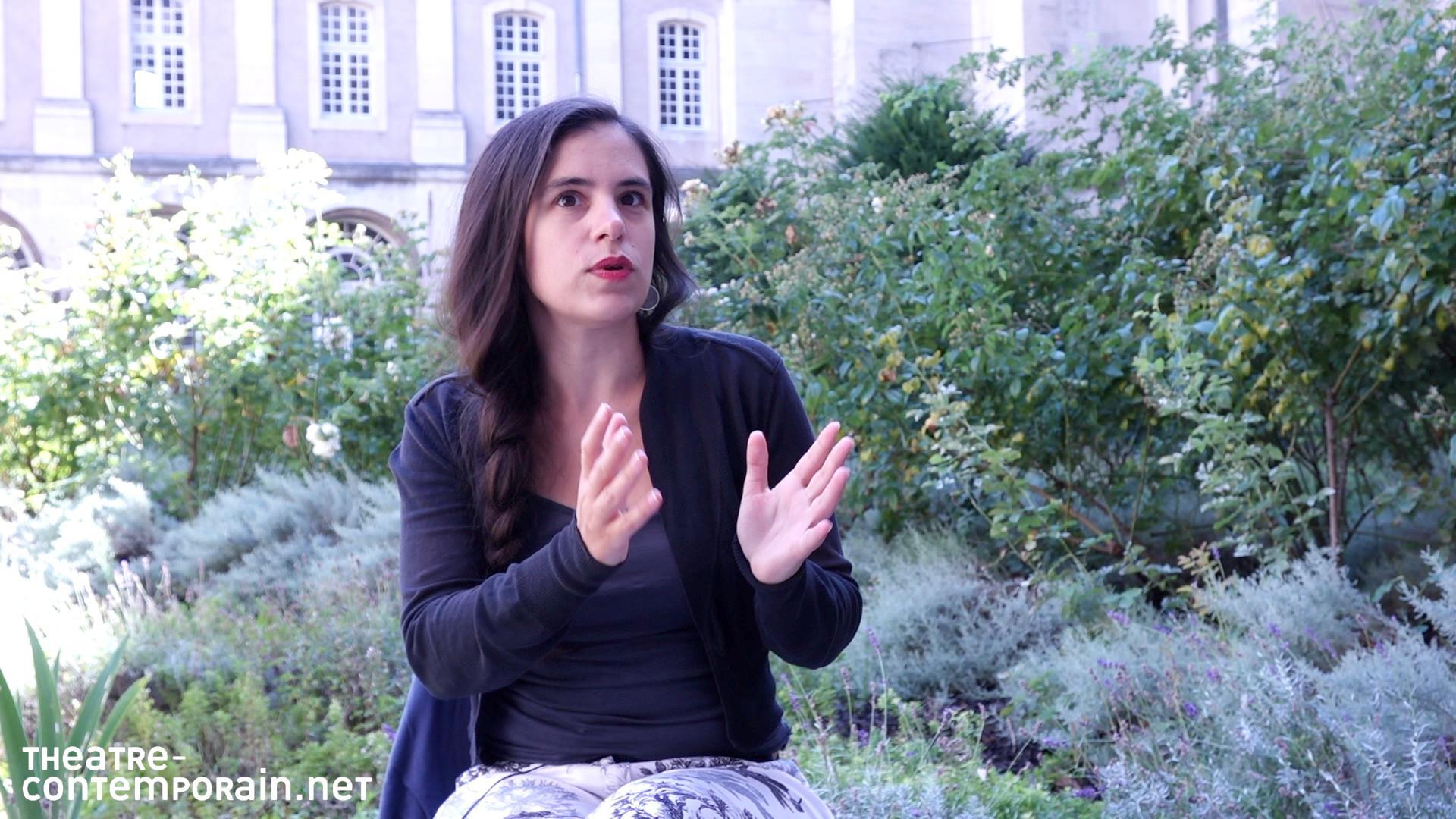 Image de la vidéo pour 'Feu la nuit'