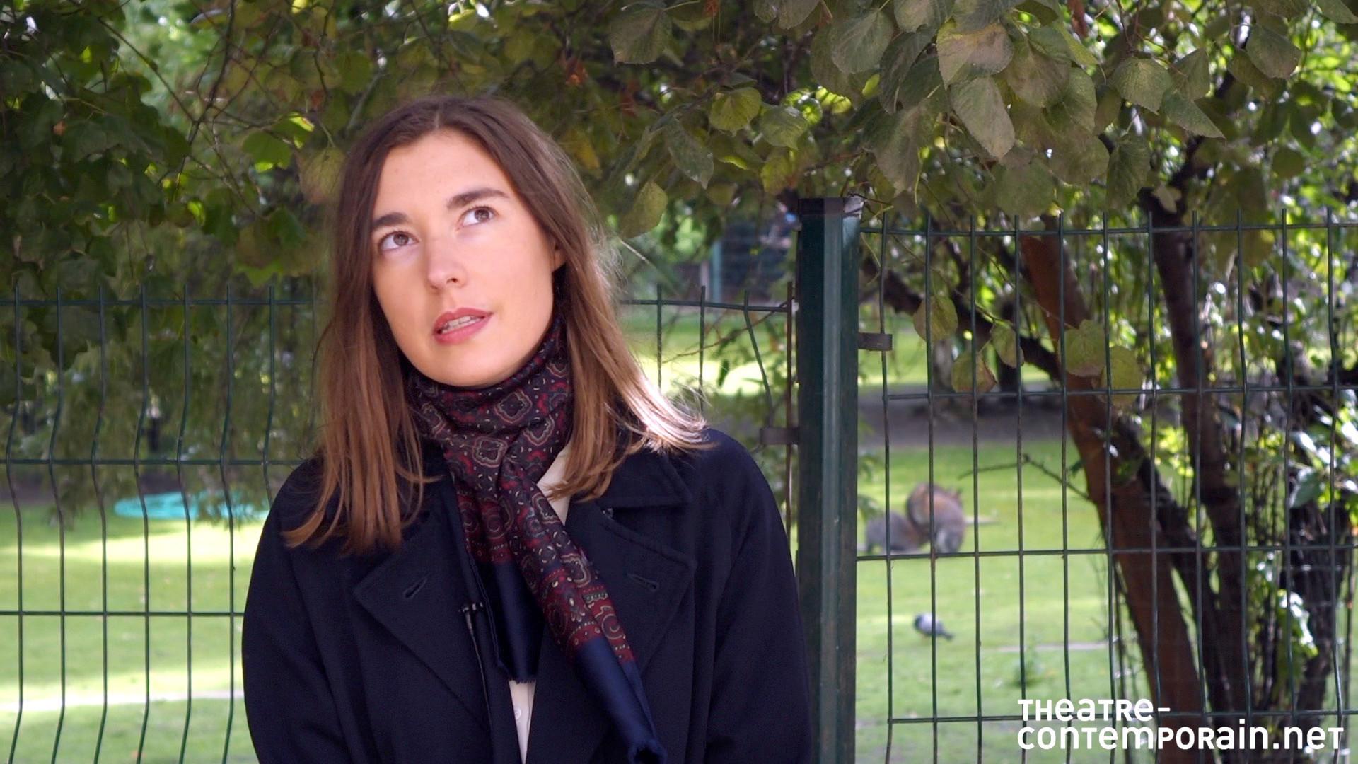 Image de la vidéo pour 'Le Sourire crucifié de la bienséance'