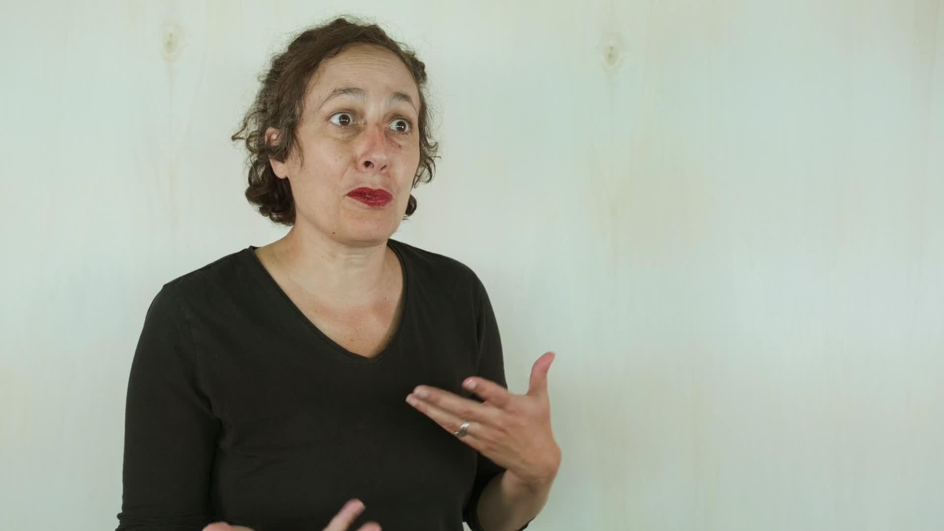 """Vidéo """"Le Monde et son contraire"""" de Leslie Kaplan - Entretien avec Élise Vigier"""
