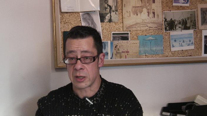 Image de la vidéo E. Darley / Le contexte menant à l'écriture