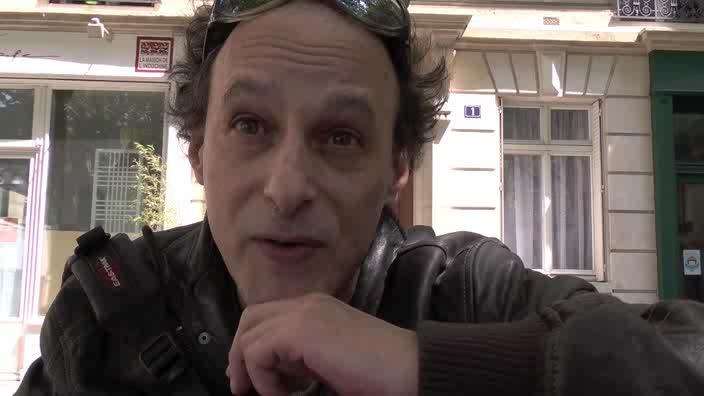 Image de la vidéo Pascal Nordmann - question 4 : L'écriture au jour le jour