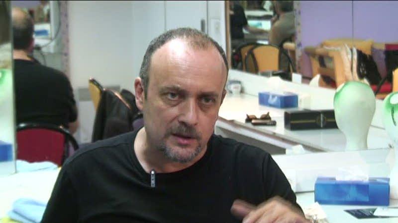 Image de la vidéo pour 'Cassé'