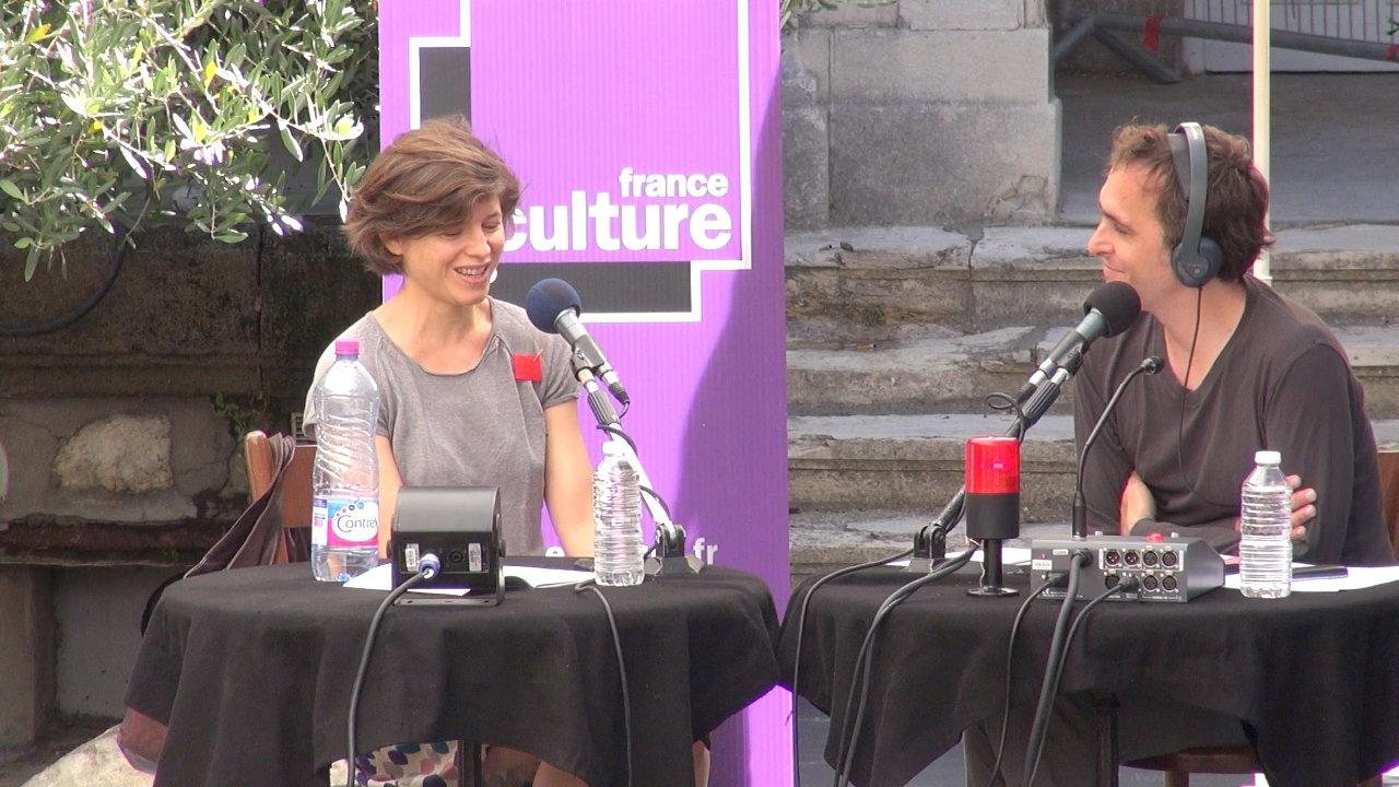 """Vidéo """"Des idées sous les platanes"""" avec Julie Nioche"""