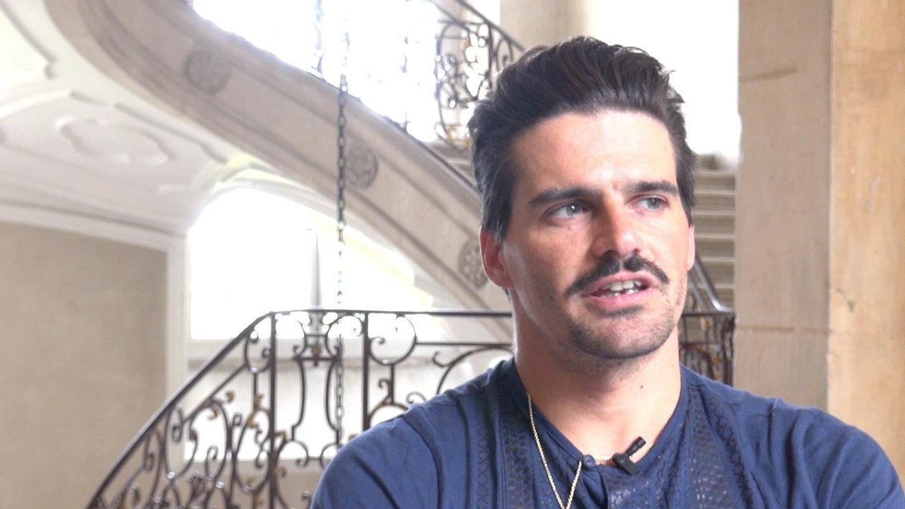 Image de la vidéo pour 'Farben'