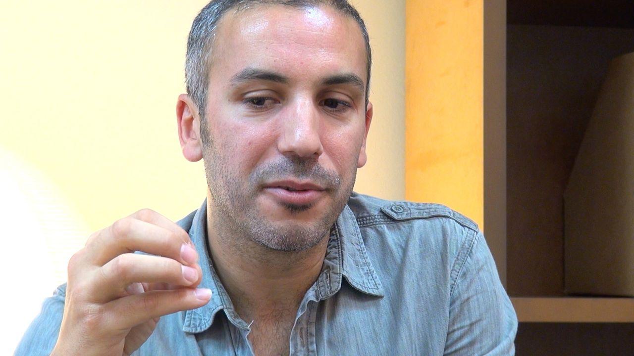 Image de la vidéo Mohamed El Khatib / Le premier texte de théâtre