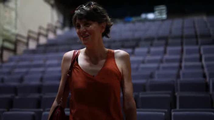 """Vidéo Jeunes critiques en Avignon - Le bout du tunnel - """"Forbidden di sporgersi"""""""