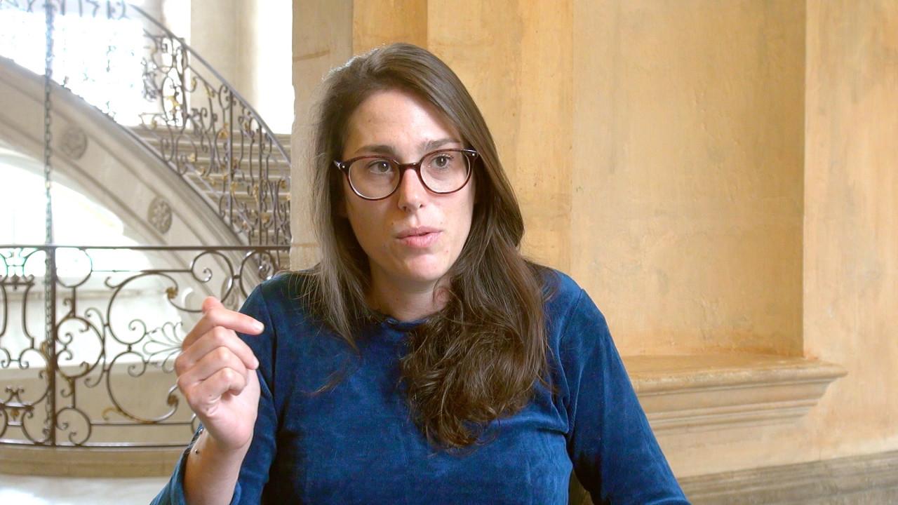 Image de la vidéo Magali Mougel / L'appropriation du texte