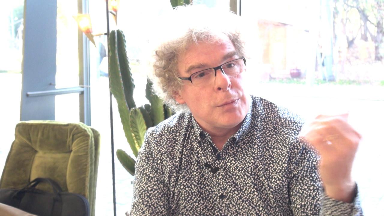 """Image de la vidéo pour 'À propos de """"Des Châteaux en Espagne""""'"""