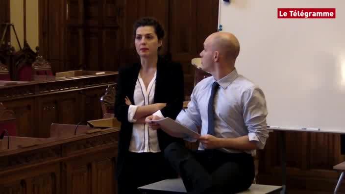 Vidéo La Devise de François Bégaudeau, m.e.s. Benoît Lambert - Extraits