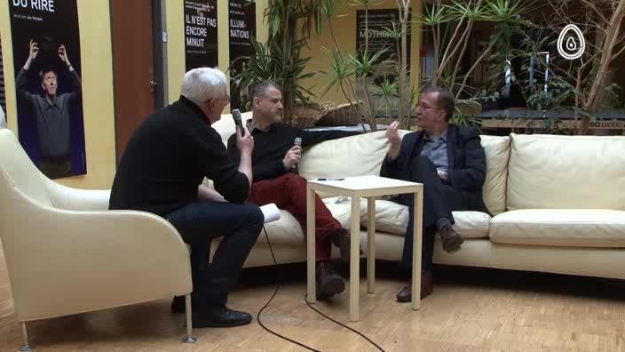 """Vidéo """"Les Bienveillantes"""" > entretien avec Guy Cassiers, metteur en scène et directeu"""