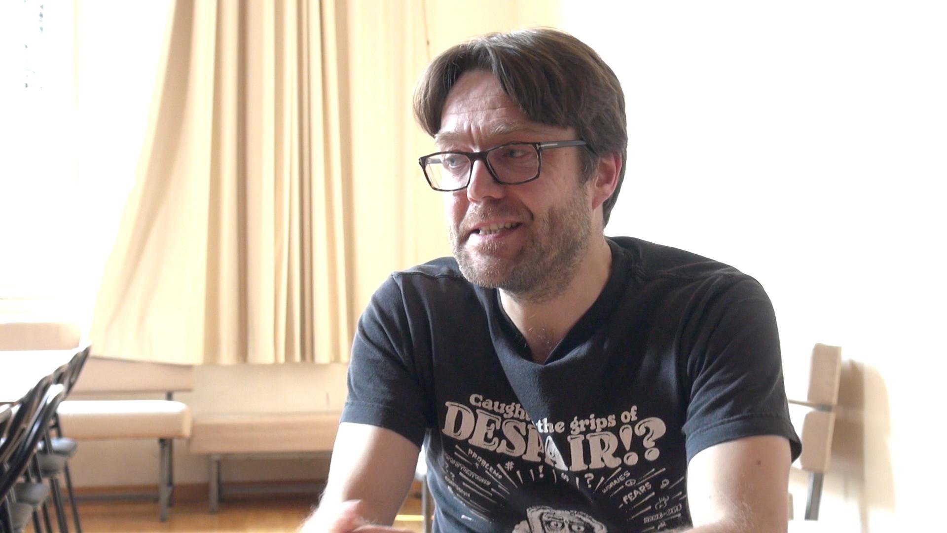"""Image de la vidéo pour 'À propos de """"Steve jobs, corps aboli""""'"""