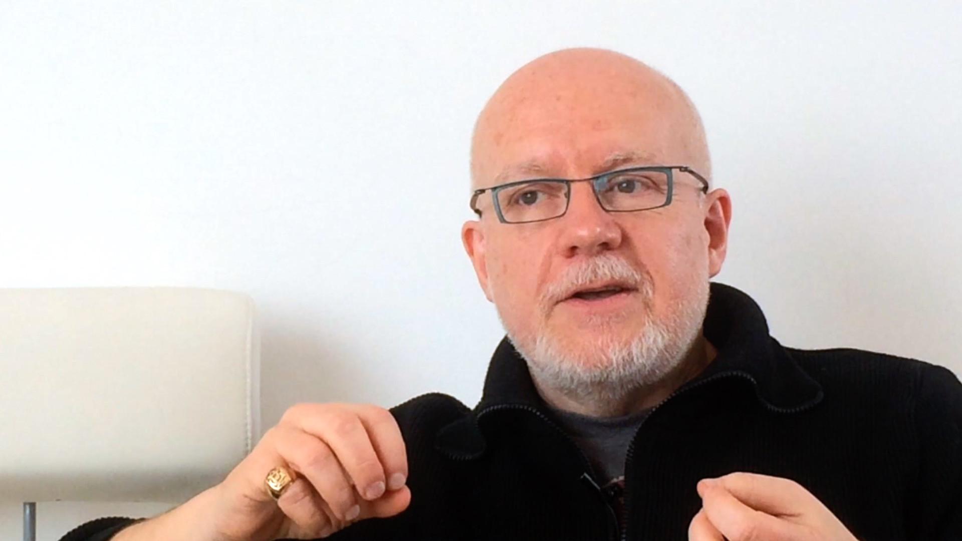 Image de la vidéo pour 'Maris et femmes'