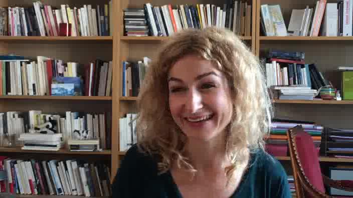 Questions à Léonore Confino