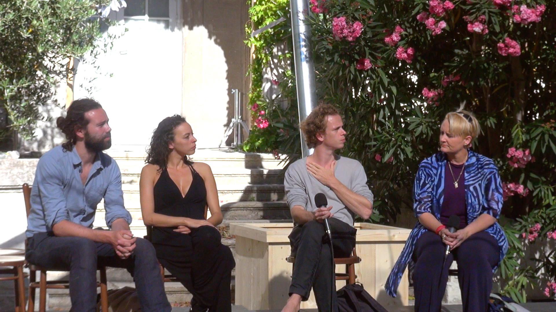 """Vidéo """"Het Land Nod"""", dialogue artistes-spectateurs"""