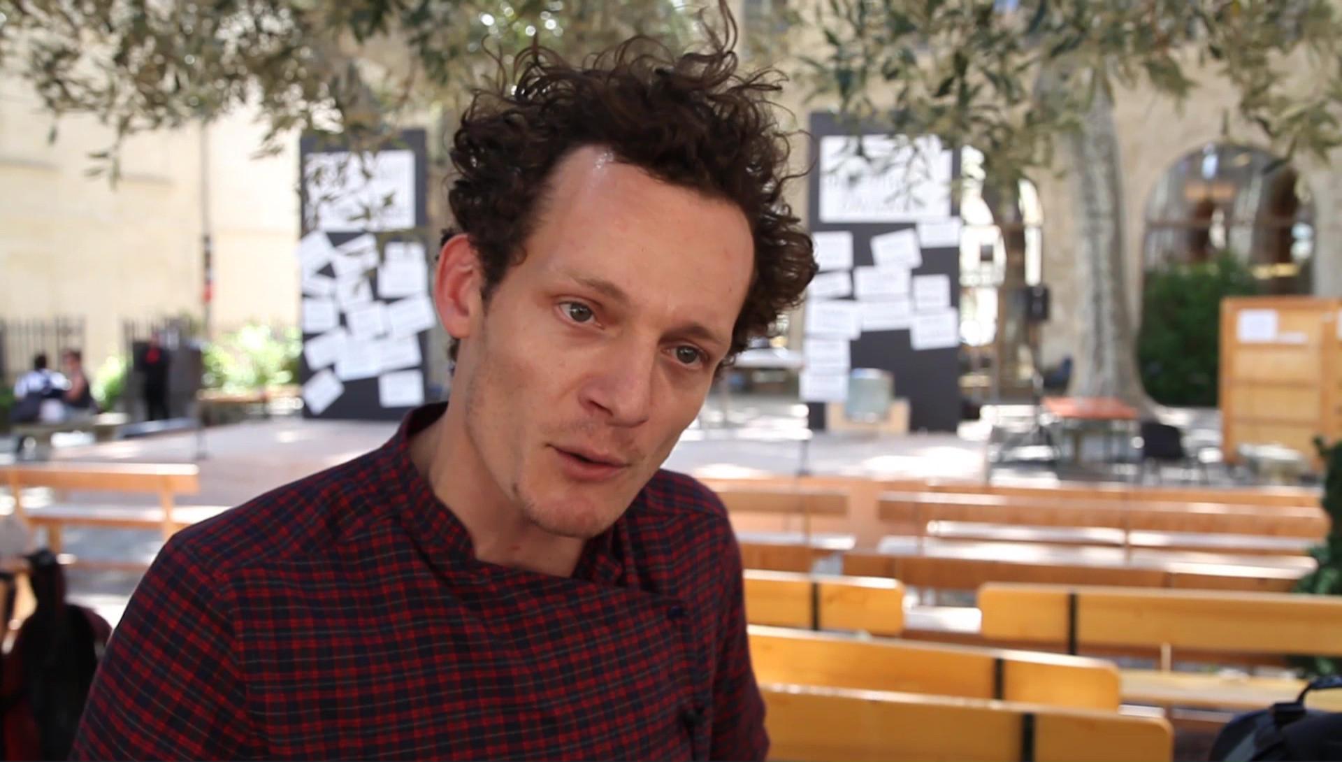 Vidéo Jeunes critiques en Avignon - Les Tréteaux de l'Histoire