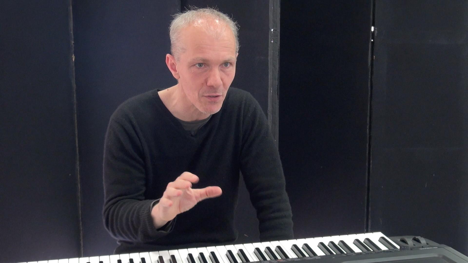 Image de la vidéo pour 'Vera'