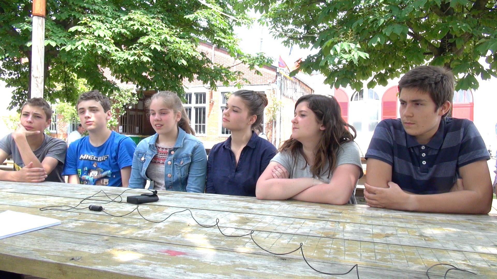 """Vidéo """"Une chambre en Inde"""", questions des collégiens à Ariane Mnouchkine"""