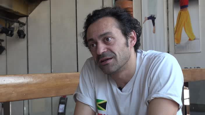 Image de la vidéo pour 'Passé-je ne sais où, qui revient'