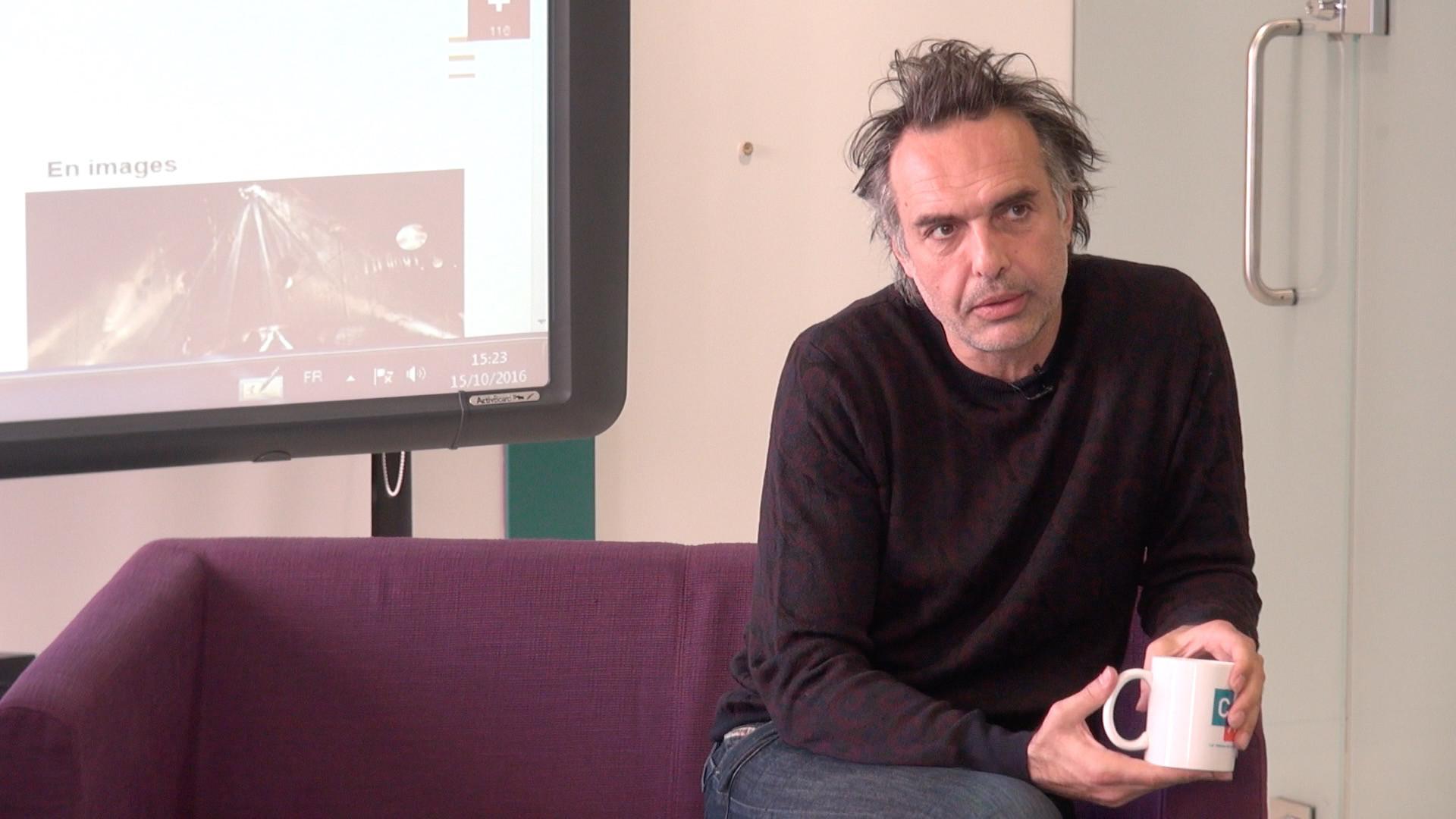 """Vidéo Nicolas Bouchaud, """"Dom Juan"""", l'espace et la scénographie..."""