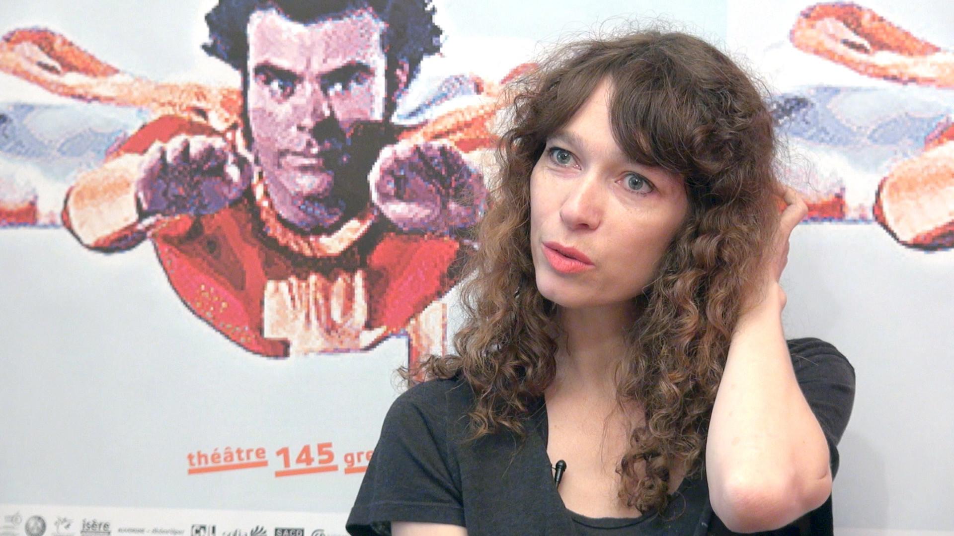 Emmanuelle Destremau, les premiers pas dans le monde du théâtre