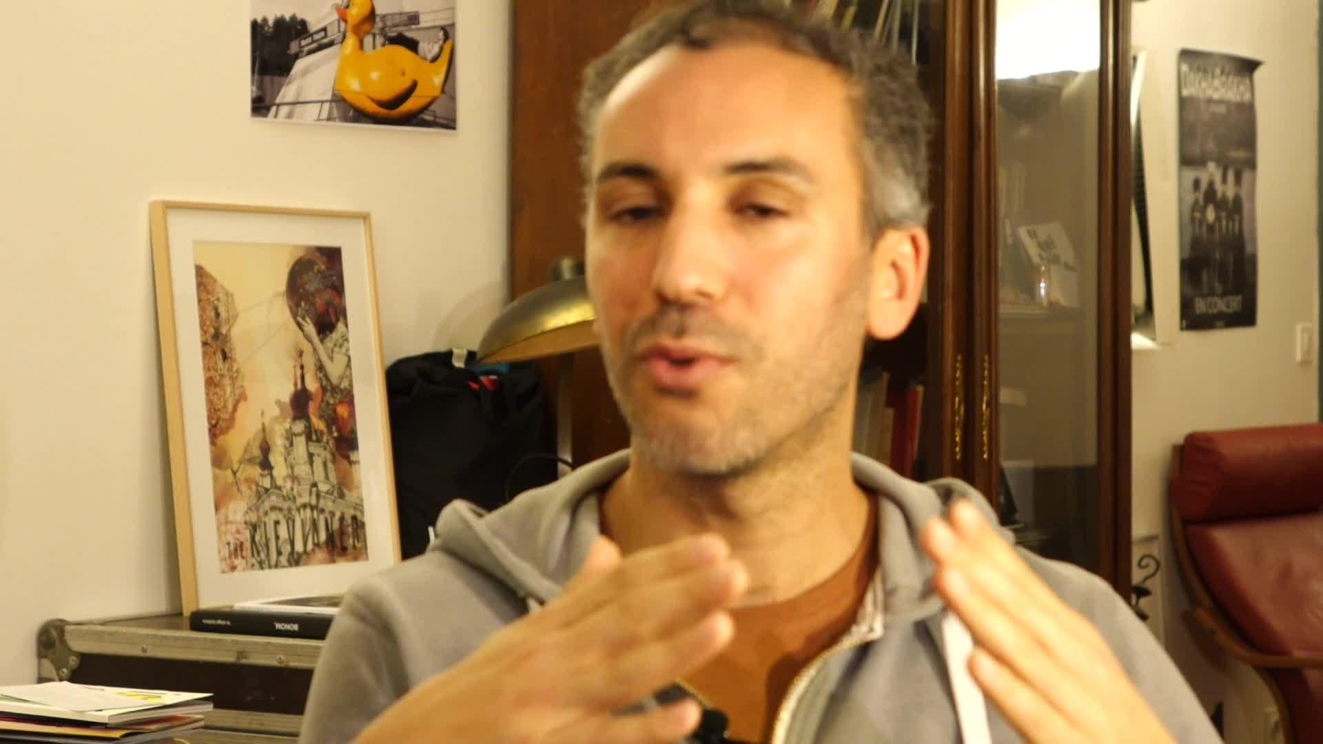 Image de la vidéo pour 'C'est la vie'