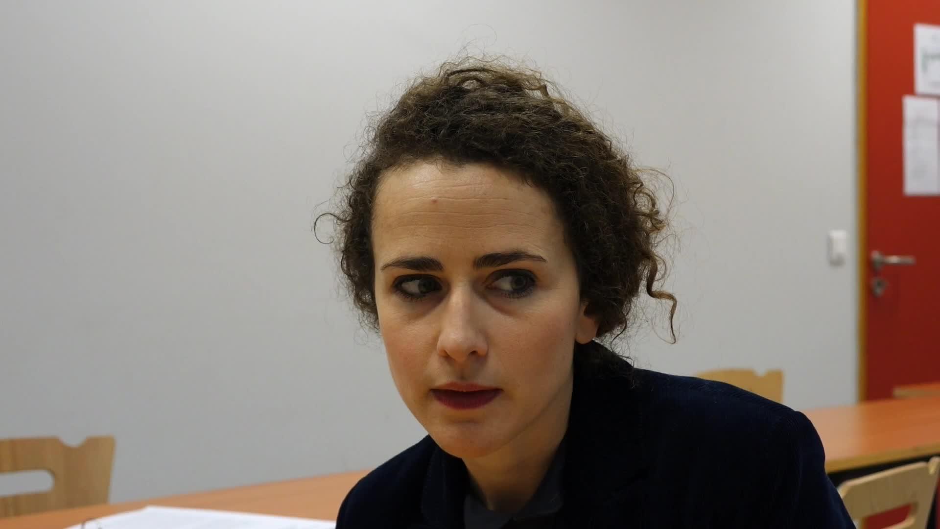 Question à Joséphine Serre