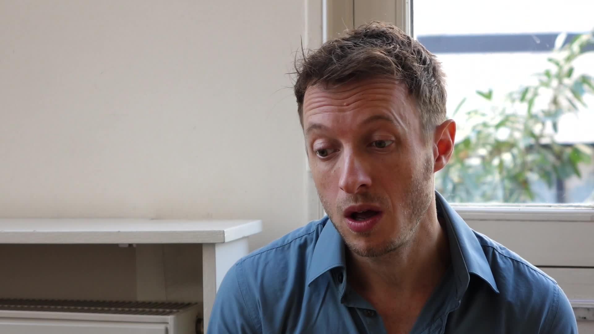 Image de la vidéo pour 'Gens du pays'