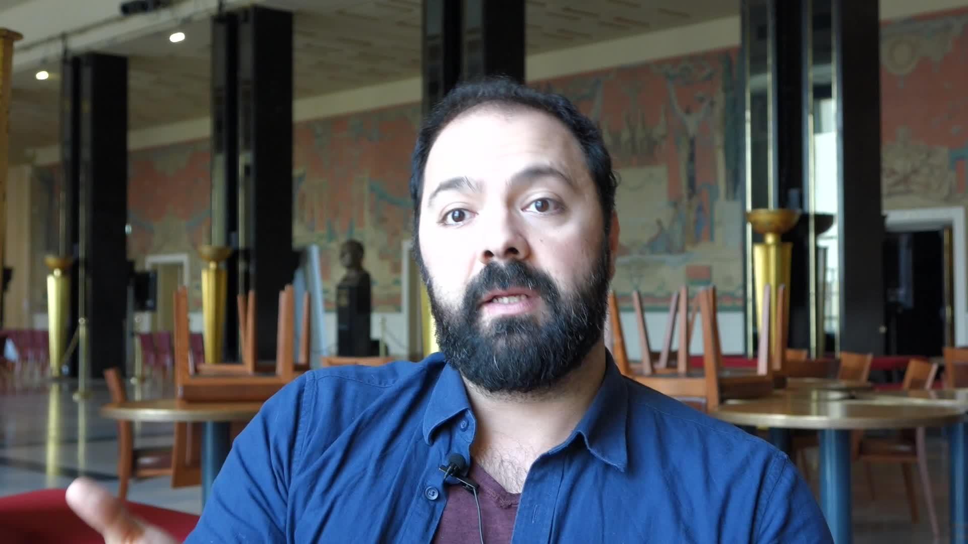 Image de la vidéo pour 'Trois (France)'