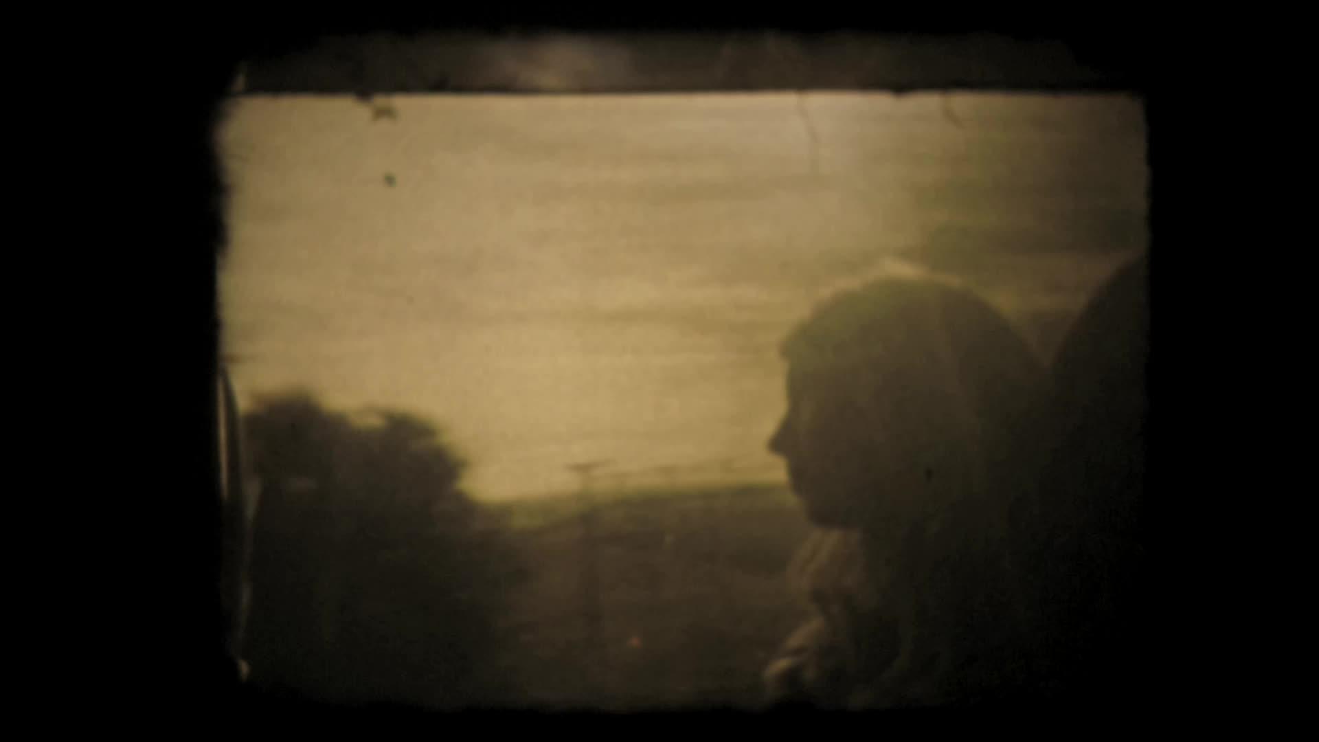 """Vidéo """"MayDay"""" de Dorothée Zumstein, m.e.s. Julie Duclos - Teaser"""