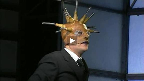 Vidéo Iq et Ox, m.e.s. Adel Hakim - Bande-annonce
