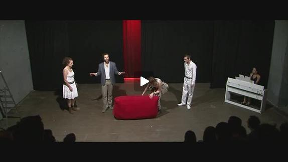 """Vidéo """"Italienne scène"""" de J.-F. Sivadier, m.e.s. V. Robert, bande-annonce"""