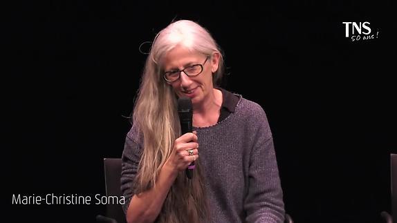 """Image du spectacle """"La Pomme dans le noir"""" par Marie-Christine Soma"""