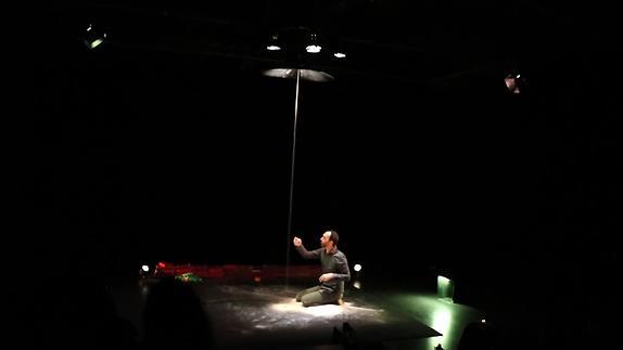 """Image du spectacle """"L'Enfant éternel"""" - Marion Bourdain/Thierry Pavard - Extraits"""