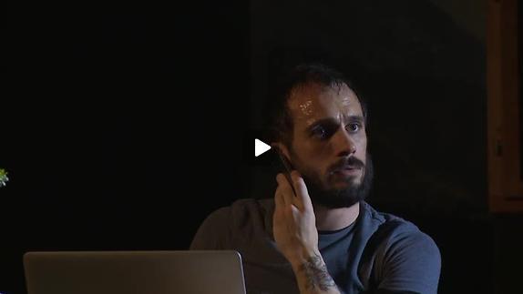 """Vidéo """"Figaro - J'aurais mieux fait de rester coiffeur"""" - Bande-annonce"""