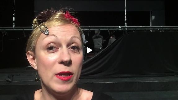 """Vidéo Parole d'artiste / Phia Ménard """"Les Os Noirs"""""""