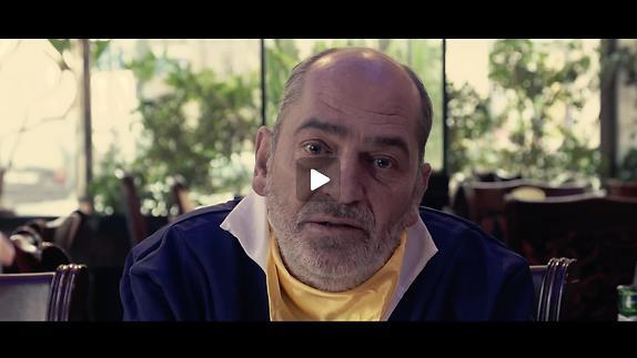 """Vidéo """"Le Dragon d'or"""", m.e.s. Julien Kosellek - Teaser - L'Hôtesse de l'air"""