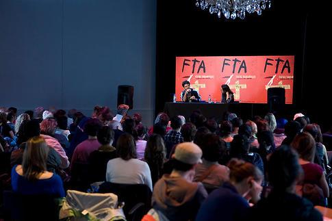 Image du spectacle Table ronde autour des 30 ans d'Alternatives théâtrales