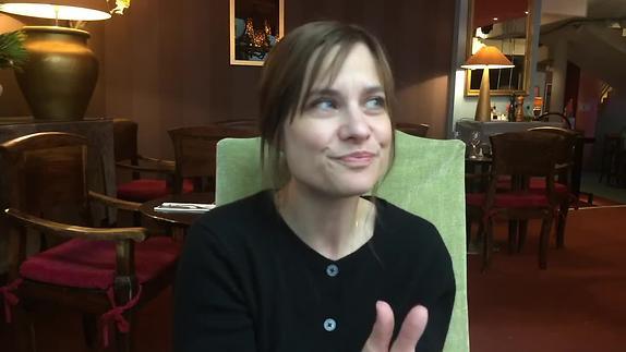 Vidéo Chloé Dabert, metteure en scène maniaque de précision